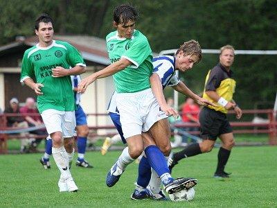 Skvělou bilancí patnácti nastřílených branek ve čtyřech zápasech krajského přeboru se chlubí fotbalisté Spartaku Kaplice.