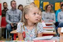 První školní den v ZŠ Dolní Třebonín.