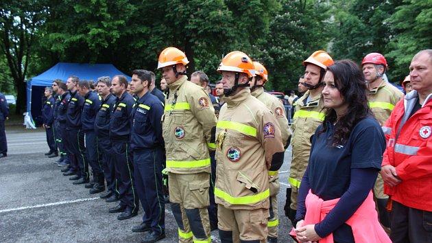 Krajská soutěž hasičů ve vyprošťování raněných z auta