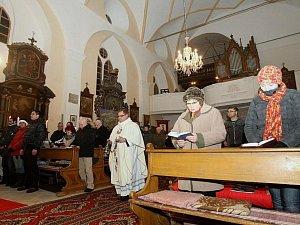 Bohoslužby na Českokrumlovsku.