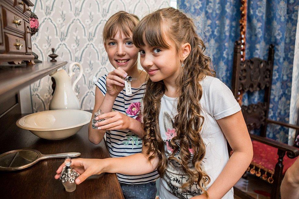 Děti se podívají také do středověké a renesanční světice a uvidí, jak se tehdy bydlelo.