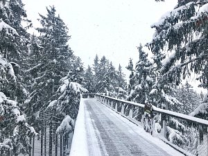 Skiareál Lipno otevřel všechny sjezdovky. Na své si přijdou i běžkaři