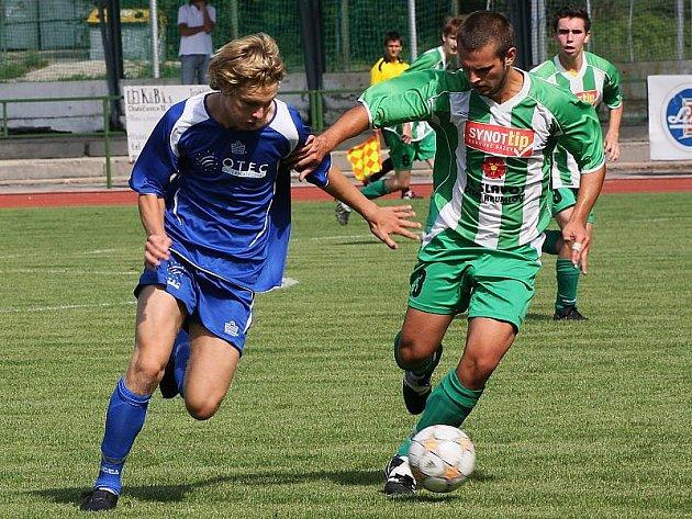 Fotbalové utkání A skupiny divize staršího dorostu / FK Slavoj Český Krumlov - SK Motorlet Praha B 0:2 (0:0).