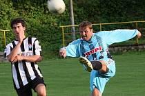 Fotbalové utkání A skupiny oblastní I. B třídy / FK Nová Ves-Brloh - FK Topmen Spartak Kaplice B 1:0 (1:0).