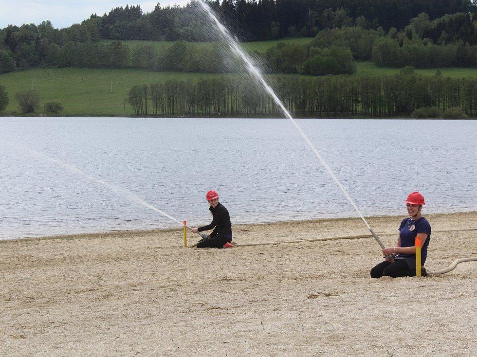 Plážový útok v Horní Plané.