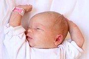 Prvorozená Sára Weinzettlová se narodila v úterý 6. září 2016 ve4 hodiny a 24 minut, měřila 50 centimetrů a vážila 3600 gramů. Holčička bude vyrůstat po boku rodičů Barbory a Jiřího Weinzettlových vTrhových Svinech. Pyšný otec u porodu asistoval.