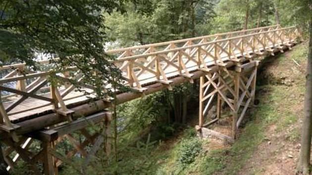 Tento most od Lesů ČR už neexistuje.