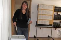Jitka Vejskrabová také volila v Boleticích.