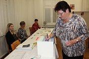 V Besednici měli v pátek večer před uzavřením volebním místnosti volební účast 40 procent.