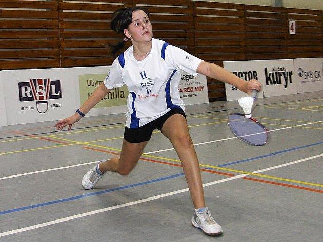 Díky výhře singlu, stříbru v dívčím deblu a bronzu ve smíšené čtyřhře získala českokrumlovská badmintonistka Sabina Milová na domácím turnaji kompletní medailovou sbírku.