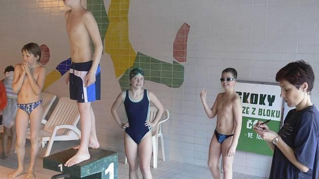 Krytý bazén v Českém Krumlově je od úterý znovu v provozu.