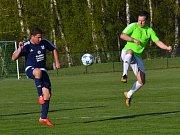 OP muži - 14. kolo: FK Dolní Dvořiště (modré dresy) - Hraničář Malonty 1:1 (0:0) pen. 1:3.