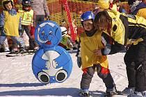 Ve Skiareálu Lipno se zabaví i nejmladší lyžaři.