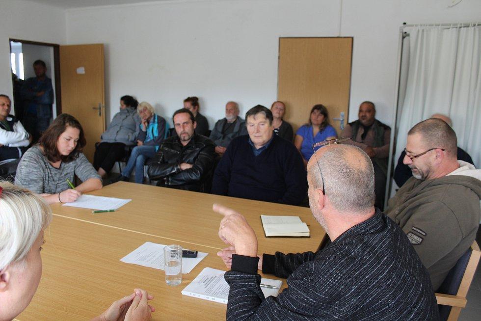 Zasedání zastupitelstva v Polné na Šumavě.