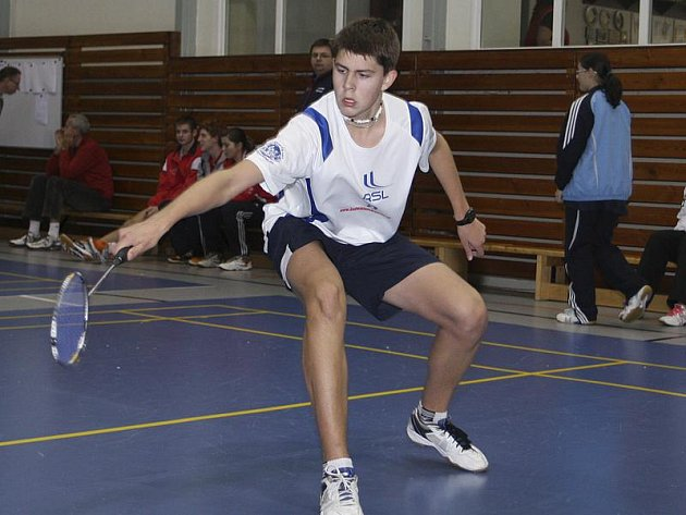 Zlato z mixu, stříbro z deblu a bronz ze singlu - to je vizitka Jaromíra Janáčka z posledního celostátního turnaje juniorů kategorie U19 v této sezoně.