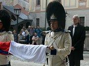 Schwarzenberská garda dnes na svátek sv. Václava přijala a vyvěsila nové prapory.