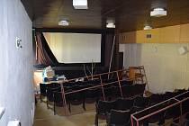 Loučovické kino před rekonstrukcí.