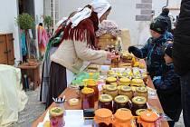 Pohádkový trh k výstavě Anděl Páně 2 se konal v sobotu na Klášterním dvoře v Českém Krumlově.