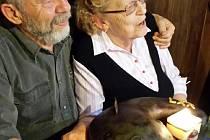 Manželé Alena a Josef Kaprasovi. Foto: archiv rodiny