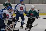 KL muži - 8. kolo: HC Slavoj Český Krumlov (zelené dresy) - OLH Spartak Soběslav 8:1 (4:1, 3:0, 1:0).