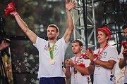 Olympionici přiletěli z Rio de Janeira rovnou do parku Rio Lipno. Ondřej Synek.