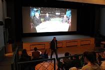 Přímý přenos mistrovství světa v hokeji mohou fanoušci opět sledovat v kině Velešín.
