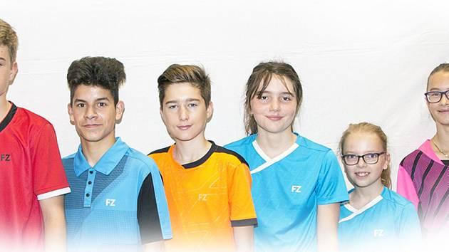 Družstvo pořádajícího SKB Český Krumlov, které při 34. ročníku FZ Forza Cupu bralo mezi elitou desáté místo.