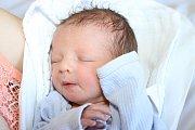 Nazari Tsubera, chlapeček sporodní váhou 2800 gramů, se kaplickým manželům Viktorii a Vasilovi Tsuberovým narodil 26. února 2015 v17 hodin. U porodu asistovala tatínkova matka.