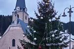 14. Vánoční strom v Rožmberku nad Vltavou.