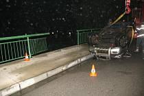 Nehoda na mostě u DDM v Českém Krumlově.