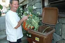 V Černé v Pošumaví mají před některými rodinnými i bytovými biopopelnice, které pravidelně vyváží A. S. A.