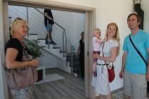 Výlet do jednoho z nových vila domů si mohli udělat všichni zájemci.