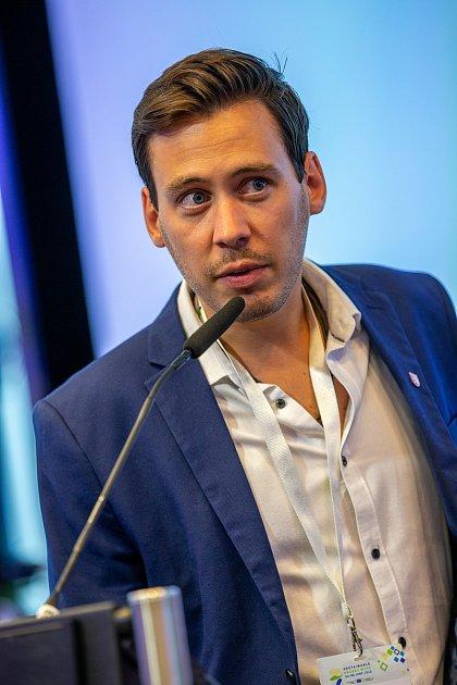 Pavel Podruh na předávání ceny Evropské komise voblasti udržitelné energetiky vBruselu.