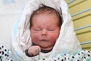 Prvorozený Matěj Šísl spatřil světlo světa 16. května 2016 v16 hodin a 45 minut, měřil 54 centimetrů a vážil 4300 gramů. Jeho rodiče Sandra a Milan Šíslovi zČeského Krumlova byli u porodu společně.