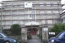 Oprava Základní školy v Brloze.