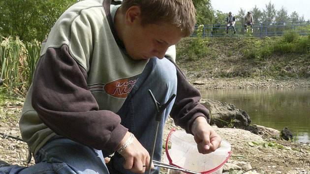 Vítězný Lukáš Neubauer tahal z vody jednu rybu za druhou.