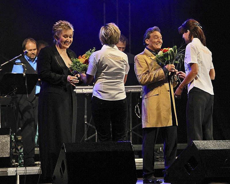 Karel Gott s Evou Urbanovou předvedli 8. srpna 2009 v Českém Krumlově strhující show.