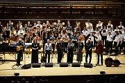 Medvíďata, dětský sbor ZUŠ Český Krumlov, byl hostem na koncertu Spirituál kvintetu v Obecním domě v Praze.
