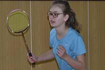 Barvy křemežského Sokola na turnaji hájila Lucie Koudelková (na snímku z domácích kurtů) a domů si vezla dvě bronzové medaile z dvouhry a čtyřhry.