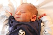 Ve čtvrtek 19. března 2015 v7 hodin ráno přišel na svět René Gondek, 49 centimetrů měřící a 2880 gramů vážící chlapeček, na kterého doma vLoučovicích čekal pětiletý bráška Pepíček. Rodiči obou dětí jsou Monika a René Gondekovi. Tatínek byl u porodu.