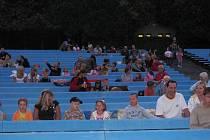 Na poslední promítání Šmoulů přišlo do letního kina 130 diváků.