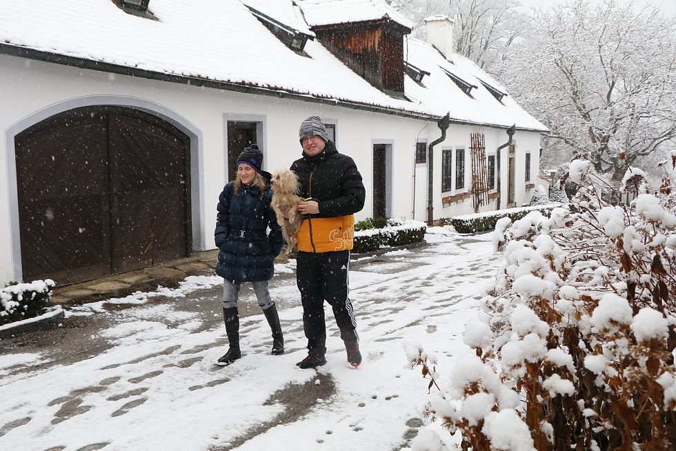 Pohádkově zasněžený Krumlov.