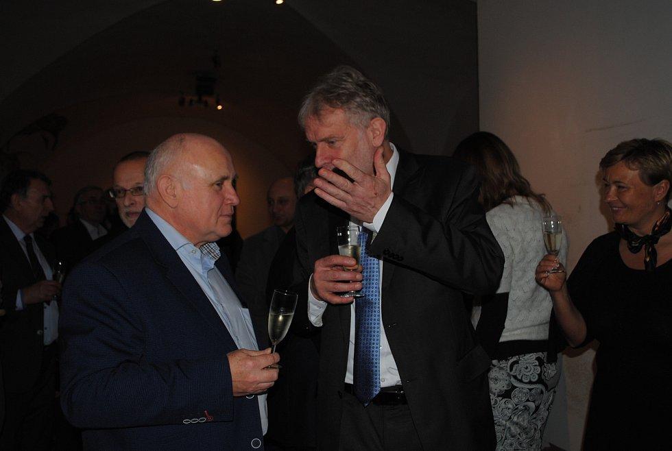 Na novoročním setkání se sešli podnikatelé z Krumlovska se starosty měst, českokrumlovským senátorem i krajskými zastupiteli.