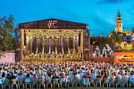 Na 23 koncertů přišlo 21 200 návštěvníků. Pivovarská zahrada.
