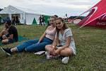 Atmosféra na festivalu Hrady CZ v Rožmberku na Českokrumlovsku je úžasná, déšť nevadí.