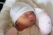 Miriam Hatáková ze Lhotky u Křemže na svět hodně pospíchala. Holčička se Janě a Janu Hatákovým narodila za přítomnosti tatínka 5. dubna v 1:34, měřila 46 cm a vážila 2325 g. Na Miriam doma čekal tříletý bratr Jakub (1).