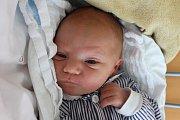 Prvorozený Lukáš Zelinka spatřil světlo světa 15. září 2015 v15:10, měřil 50 centimetrů a vážil 3500 gramů. Monika a Lukáš Zelinkovi zRychnova nad Malší si byli u porodu vzájemně oporou.