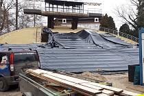 Otáčivé hlediště prochází rekonstrukcí. Hotová by měla být v březnu.
