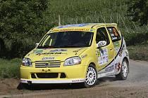 Z Agrotec Mogul Rally Hustopeče si Jiří Sojka s Jaroslavou Roučkovou (na snímku) odvezli domů body za druhé místo ve třídě 9.