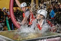Noční hasičská soutěž ve Frymburku.